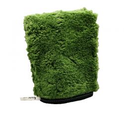 Groene handschoen voor buiten.